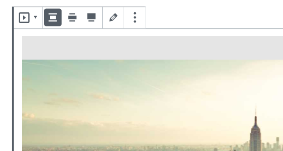 Example of setting alignment using the slideshow toolbar at the top of the block.
